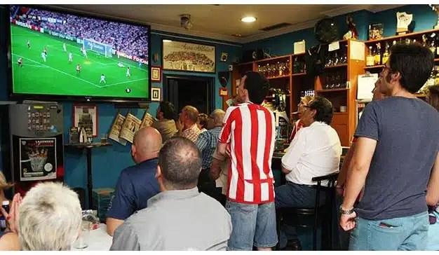 Bares, qué lugares tan gratos para llegar al consumidor (durante La Liga)