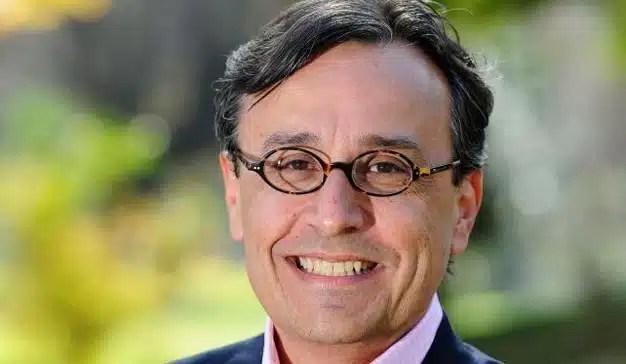 Facebook ficha al director de marketing de HP, Antonio Lucio