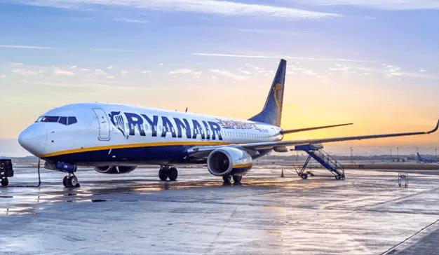 Sindicatos de tripulantes y Ryanair suspenden las negociaciones hasta septiembre