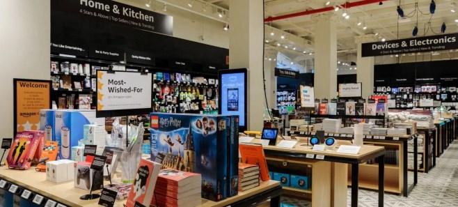 """Amazon abre una tienda en Nueva York donde lucen """"palmito"""" sus productos mejor valorados"""