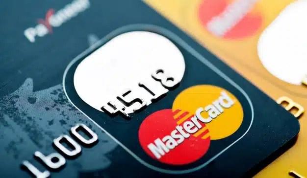 Google y Mastercard dan acceso a los datos del 70% de tarjetas bancarias de EE.UU. a los anunciantes