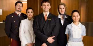 10 Best Hotel Management School in The World