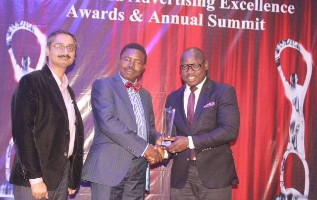L-R - Head of Sales, Spectranet 4g LTE, Pankaj Manan, CEO, ROCK CITY FM, Abeokuta, Dr Niran Malaolu presenting the award of Outstanding Broadband 4g LTE, Internet Provider of the year to the Marketing Manager Spectranet 4g LTE, Samon Akejelu during the just concluded Marketing Edge, National Marketing Stakeholders Summit and Brands and Advertising Excellence Award at the Civic Centre, Victoria Island, Lagos recently