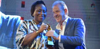 Mojisola Saka Emerges Outstanding PR Personality Of The Decade At The Marketing Edge Awards-marketingspace.com.ng