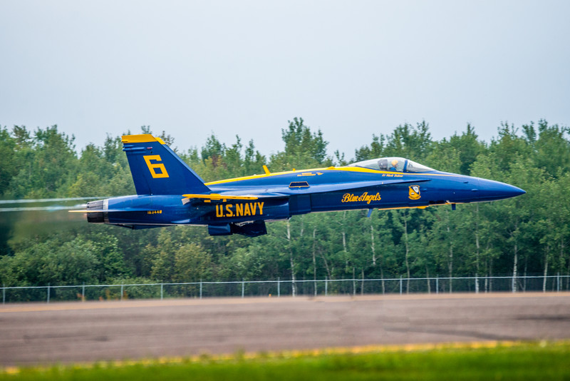 US Navy Blue Angels, Blue Angels F18 Hornet, Duluth Air Show 2014, Blue Angels Air Show