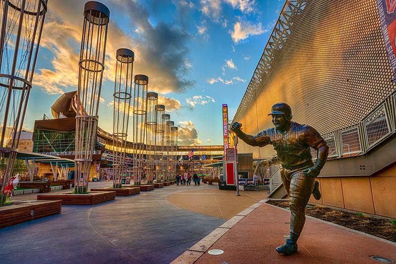 Kirby Puckett Statue, Target Field HDR, Baseball Stadium HDR