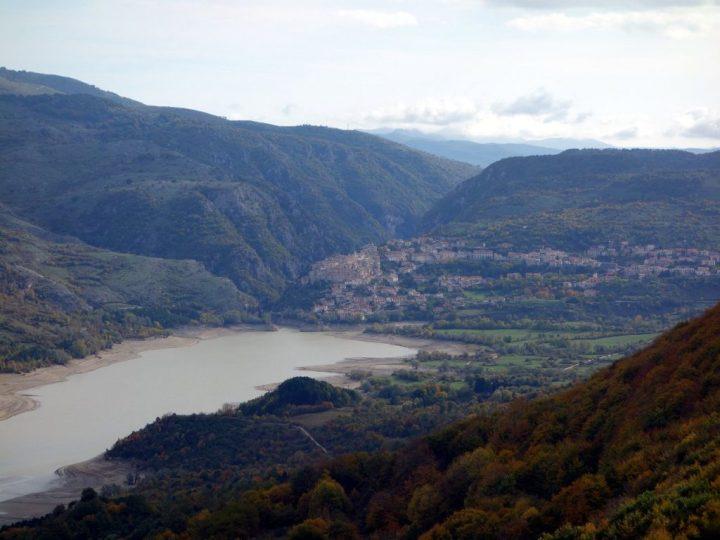 Barrea village and Lago di Barrea