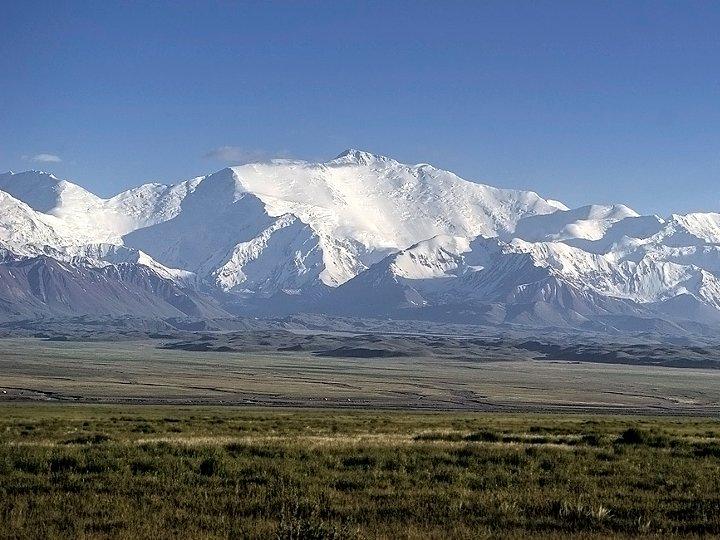 Peak Lenin from Kyrgyzstan (Photo: Allen Valge)