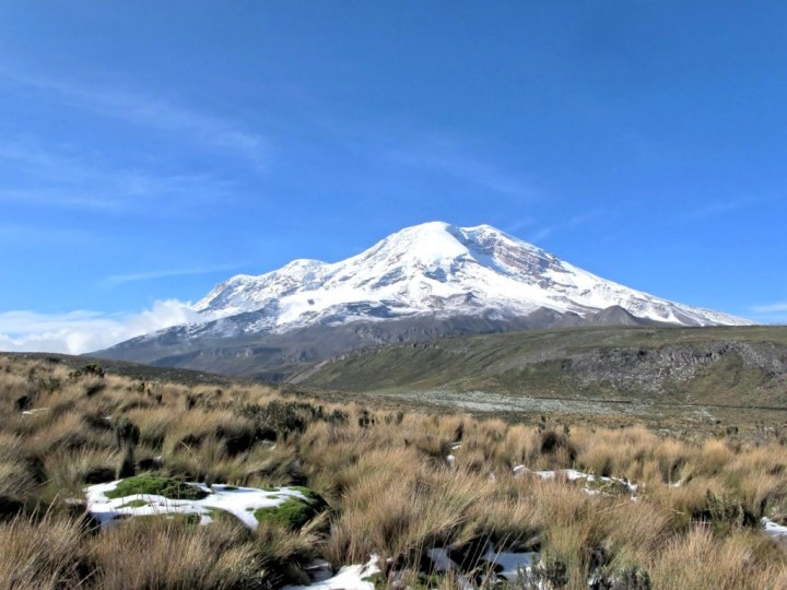 Chimborazo from the highlands near Carihuairazo (Photo: Bbb-Commons / Wikimedia Commons)
