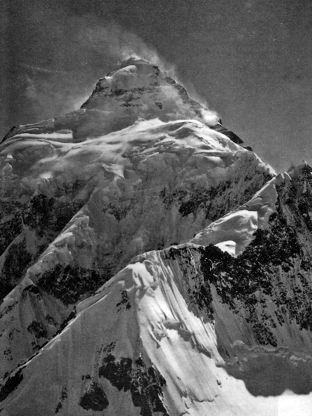 The East Face of K2 photographed by the Duke of Abruzzi in 1909 (Photo: Luigi Amedeo)