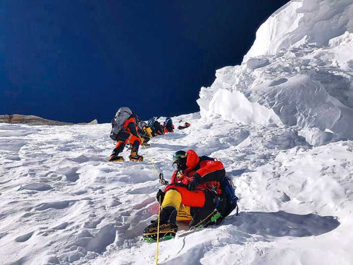 Climbers in the Bottleneck Couloir during the first winter ascent of K2 (Photo: Mingma Gyalje Sherpa)