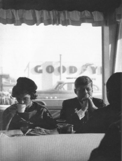 Jacques Lowe - JFK & Jackie in Oregon diner 1960