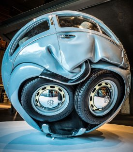 VW car-balls-cars-compressed-into-perfect-spheres-ichwan-noor-15.jpg