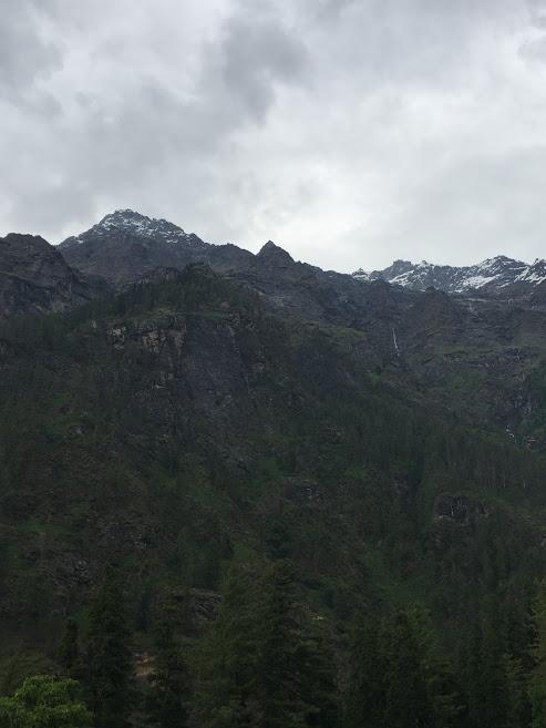 View from Kheerganga