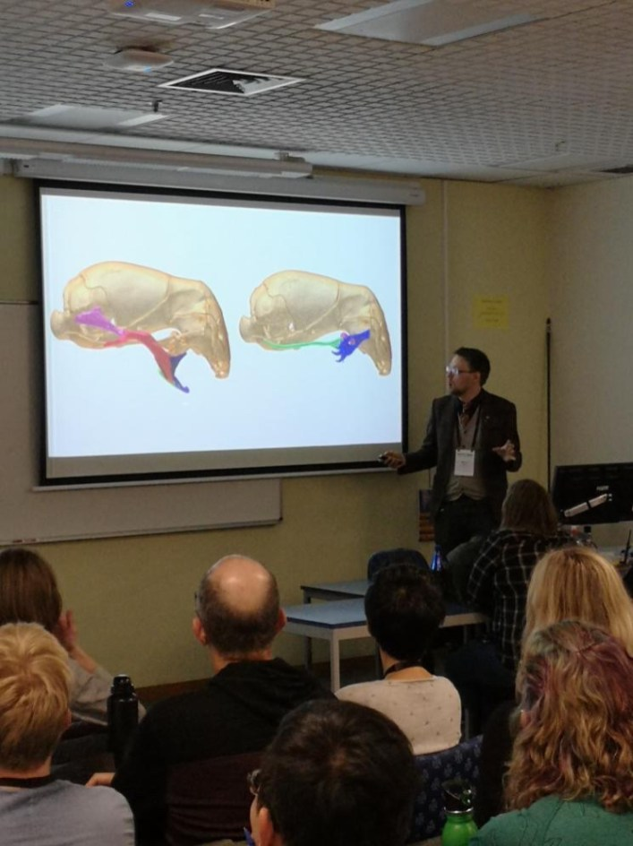 My talk on the weird jaw mechanism of Xenotyphlops grandidieri