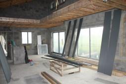 Internal view of double mezzanine and bridge