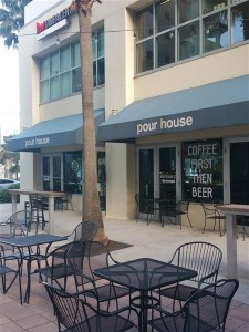 The patio and entrance at the Pour House in downtown Tampa