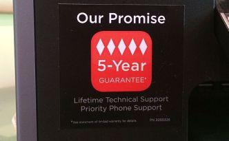 """""""Unser Versprechen: 5 Jahre Garantie"""" prangt auf den Lexmark-Druckern, die wir nun nach zwei, bzw. drei Jahren entsorgen müssen, weil sie erstens nicht mehr laufen und zweitens Lexmark von der Garantie nichts wissen will."""