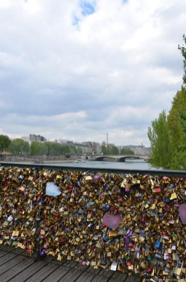 Pont des Arts mit Blick auf Eiffelturm
