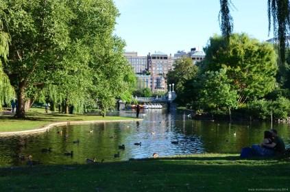 See im Boston Public Garden