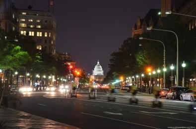 Blick auf das Capitol bei Nacht, Washington DC
