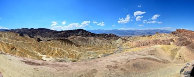 Panorama über den Zabriskie Point in Death Valley