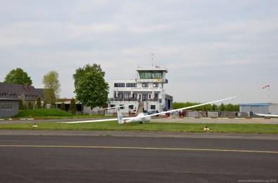 Tower des Flughafen Main Finthen