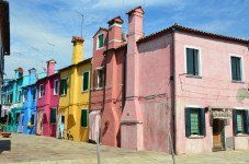 Bunte Häuser in Burano, Venedig, Italien