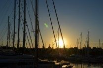 Sonnenuntergang über dem Hafen von Barcelona
