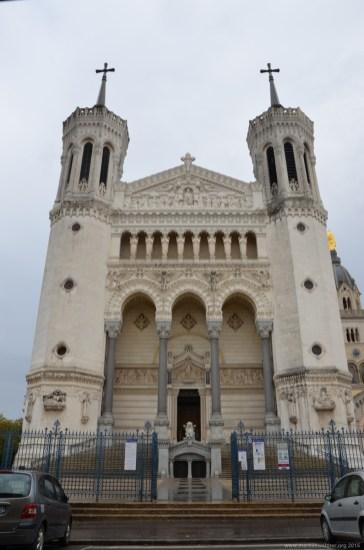 Nahaufnahme der Notre-Dame de Fourvière