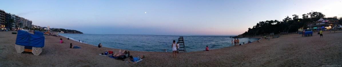 Panorama am Strand von Lloret de Mar