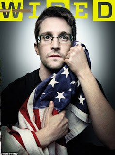 Edward Snowden en couverture du magazine Wired