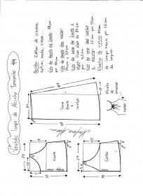 Esquema de modelagem de vestido de alcinha tamanho 44.