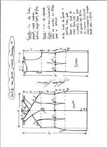 Esquema de modelagem de vestido tubinho com decote cruzado tamanho 40.