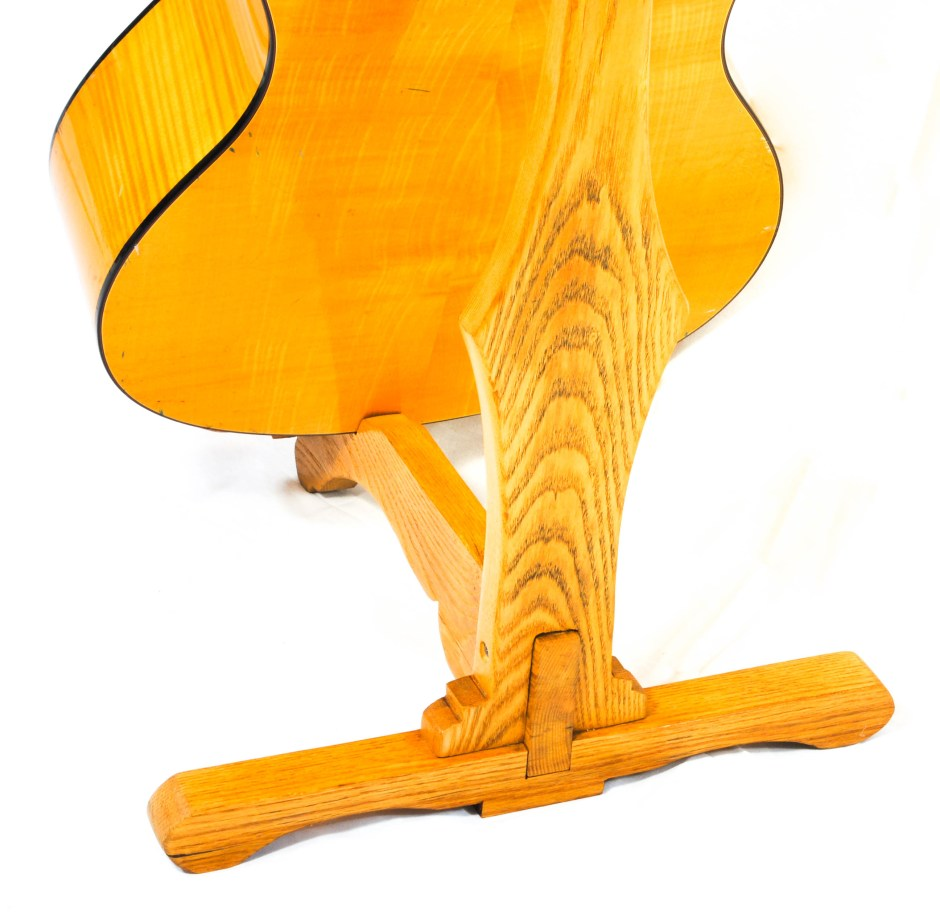 oak and ash acoustic guitar stand