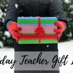 FREE Knit Cowl Pattern Holiday Teacher Gift Idea