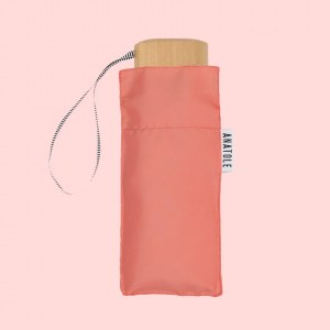 50 parapluie2 anatole francais rose coutume store 300x300 - Ma sélection déco / lifestyle pour le printemps chez Coutume Store