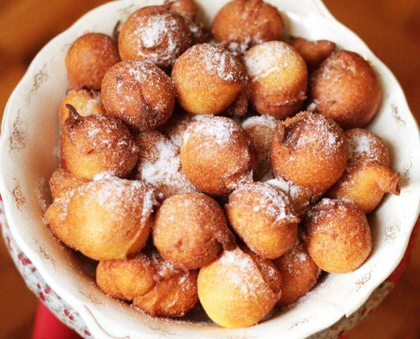 beignets au sucre de mardi gras bolinho