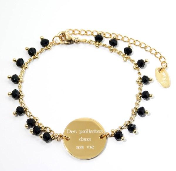 Bracelet gravé perlé en acier inoxydable doré.