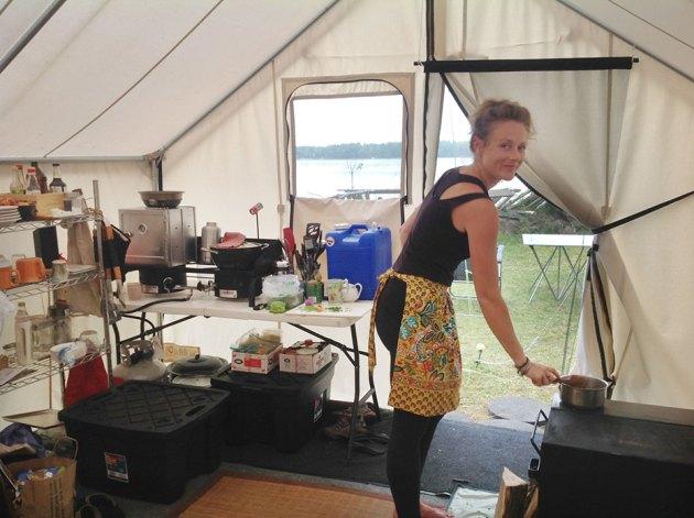 rachel mills vagabond kitchen photo - Vagabond Kitchen