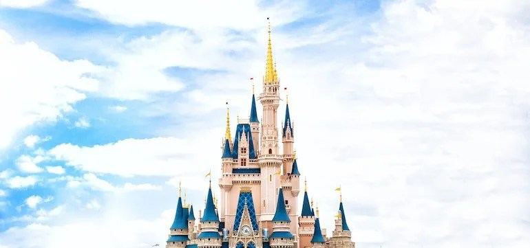 How Our Family of 4 is Traveling to Disneyland for $220
