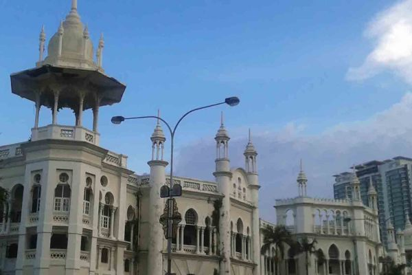 Kuala Lumpur : A Visual Tour In Pictures