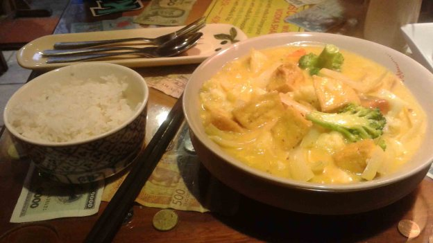 Old Quarter Hanoi Vietnam Gecko Restaurant Coconut Curry Tofu