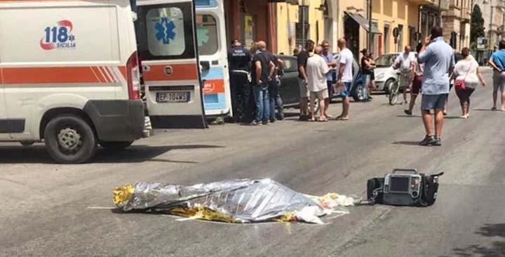 Auto pirata investe e uccide una donna in centro a Trapani