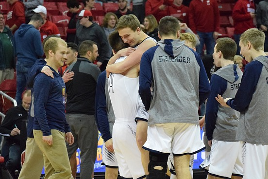 Nystroms Buzzer Beater Lifts Columbus Catholic To Thrilling Win In Division 5 Semifinals At