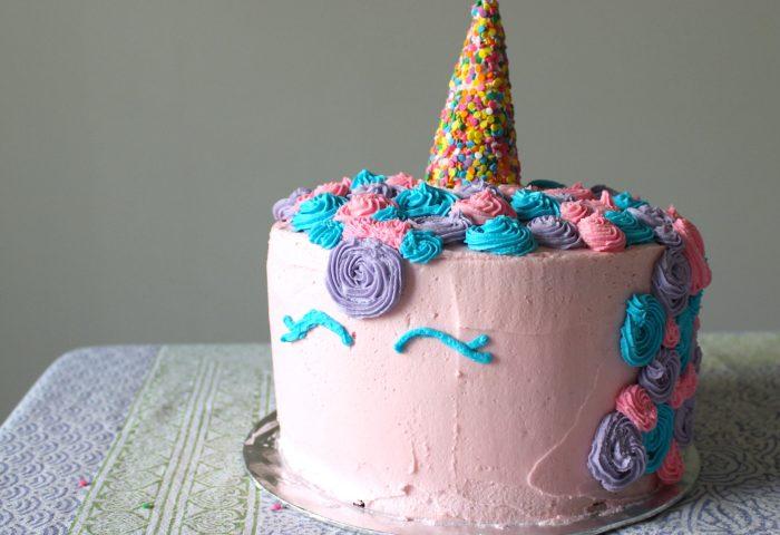How To Make A Unicorn Cake Without Fondant Marshmallows Margaritas