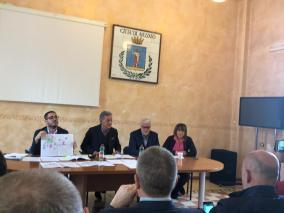 CONF. STAMPA RIDOLFI PIERLEONI SU MERCATO 26 APR. 2019 (3)