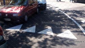 segnale-stradale-controverso-1
