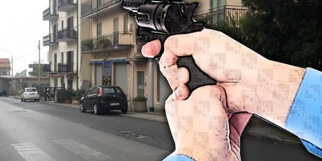 sparatoria in via nazionale a paola