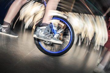 bicycle-bike-foot-1009-825x550